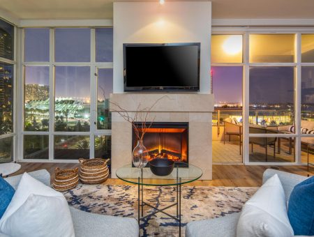 New Listing – Pinnacle #701 – Southeast Corner Residence with Views